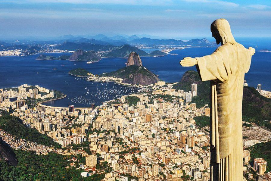 Brazil%2C+Rio+de+Janeiro%2C+Rio+de+Janeiro%2C+Corcovado%2C+Christ+the+Redeemer%2C+Atlantic+ocean%2C+Cityscape+with+Christ+the+Redeemer%2C+Sugarloaf+Mountain+in+the+background